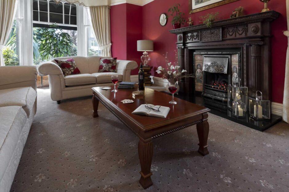 beechwood lounge 2